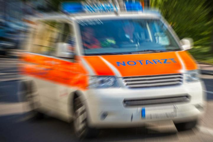 Eine Person musste mit einer Rauchgas-Vergiftung in ein Krankenhaus transportiert werden.
