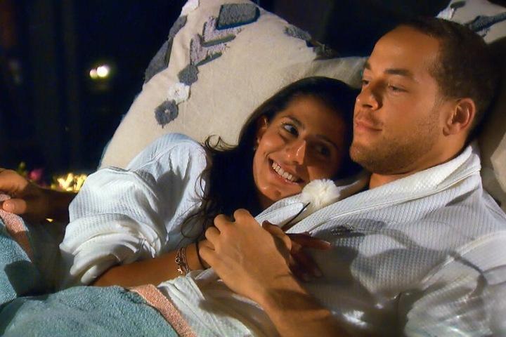 Das erste Date zwischen Evanthia und dem Bachelor verlief zunächst sehr vielversprechend.