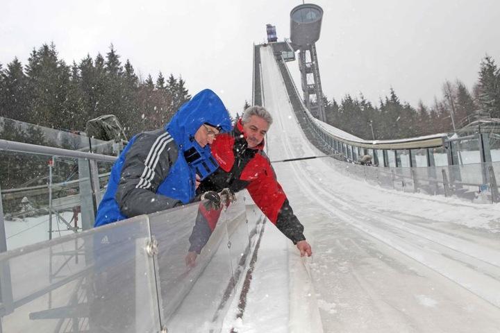 2012 war Manfred Deckert noch als Vereinschef in der Vogtlandarena unterwegs.