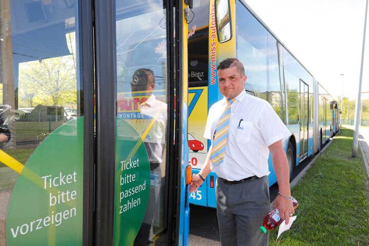 """Busfahrer Marcel Morgenstern (37) kam auch zum Krisengipfel: """"Es wird immer  unsicherer."""""""