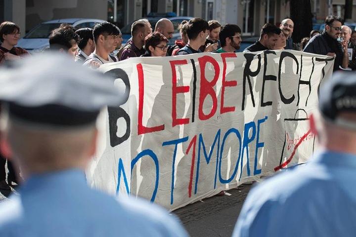 Demo (März 2017) in Berlin gegen Sammelabschiebungen nach Afghanistan.