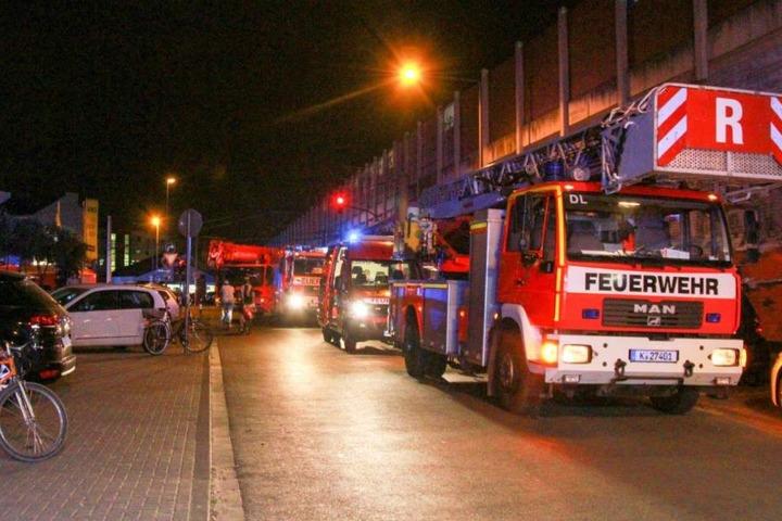 Die Feuerwehr war mit 35 Einsatzkräften vor Ort.