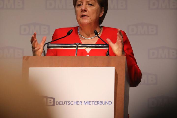 Angela Merkel hielt eine Rede beim Treffen des Deutschen Mieterbundes in Köln.
