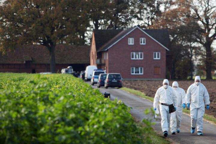 Auf diesem Bauernhof sollen die Angeklagten Artur T. und Robert D. das Brüderpaar gefoltert haben. Heinrich S. verstarb dabei.
