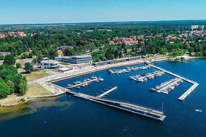 Der Senftenberger See wurde als erster ehemaliger Tagebau für den Tourismus hergerichtet. Das war 1973. Inzwischen warten 20 neue Seen aufs Entdecktwerden.