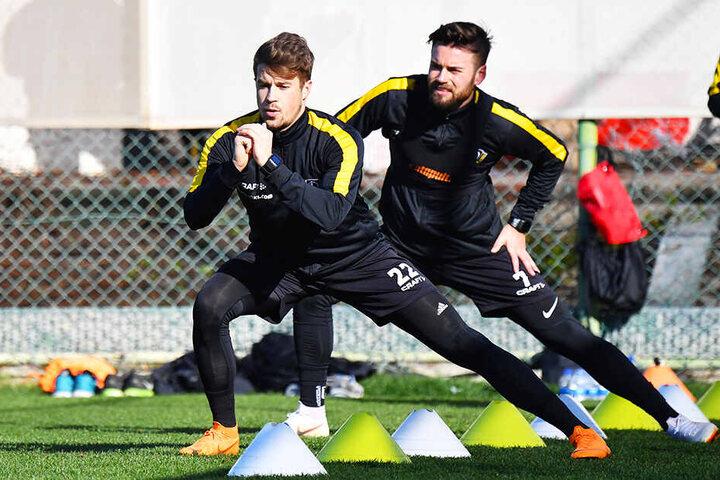 Auch auf dem Trainingsplatz sind Patrick Möschl (vorn) und Niklas Kreuzer ein Team.