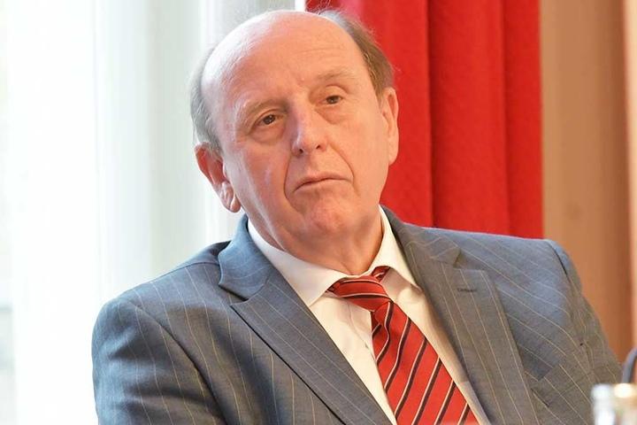 Christoph Scheurer (62, CDU), Landrat Landkreis Zwickau, Verbandschef Verkehrsverbund Mittelsachsen.