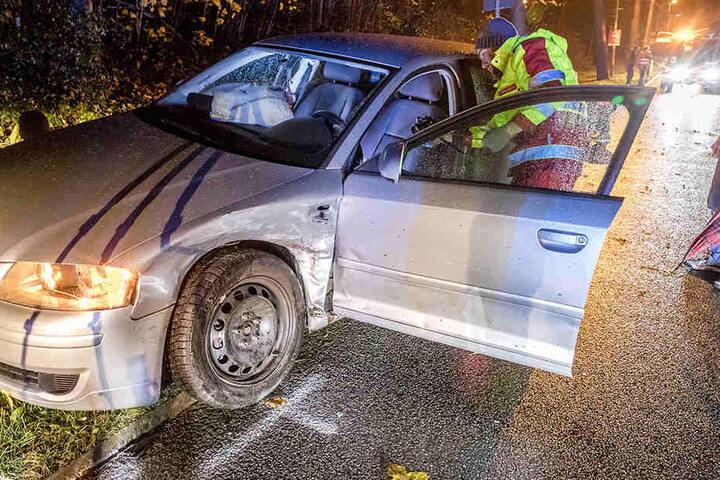 Im Audi saßen drei weibliche Personen. Zwei davon wurden verletzt.