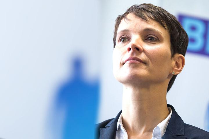 Frauke Petry (43) muss ihre angemeldete Marke löschen lassen.