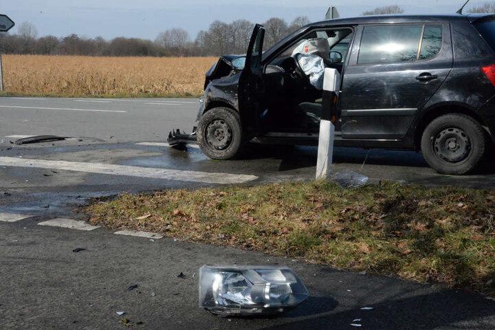 Durch den heftigen Crash löste der Airbag aus.