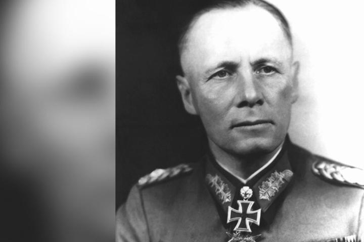 Rommels Vater, Generalfeldmarschall Erwin Rommel, musste sich im Oktober 1944 das Leben nehmen. Er war mit dem Hitler-Attentat vom 20. Juli in Verbindung gebracht worden.