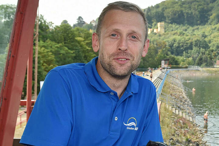 Kümmert sich im Cossebauder Bad um die Sicherheit der Bädegäste: Chef Mathias Pilz (34).