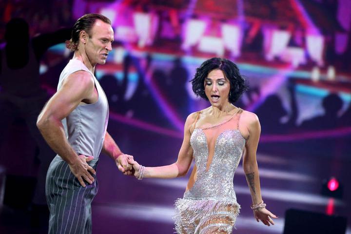 """Im September 2015 tanzte Mimi Fiedler noch gemeinsam mit ihrem Ex-Verlobten Bettermann bei der RTL-Show """"Stepping Out""""."""