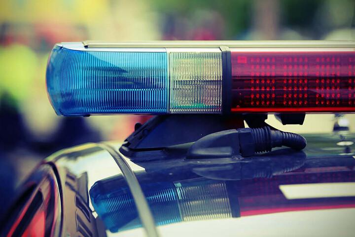 Die Dresdner Polizisten konnten die Identität des Mannes ermitteln und einen Alkoholtest durchführen. (Symbolbild)