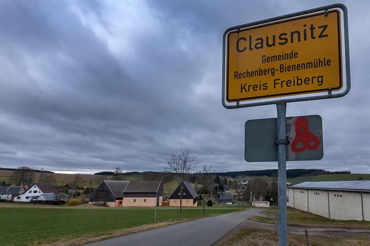 Die Flüchtlinge waren auf dem Weg zu ihrer Unterkunft in Clausnitz.