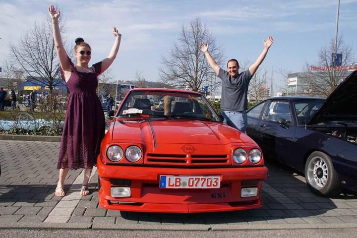 Der rote Opel Manta sorgte für viel Begeisterung bei einigen Besuchern.