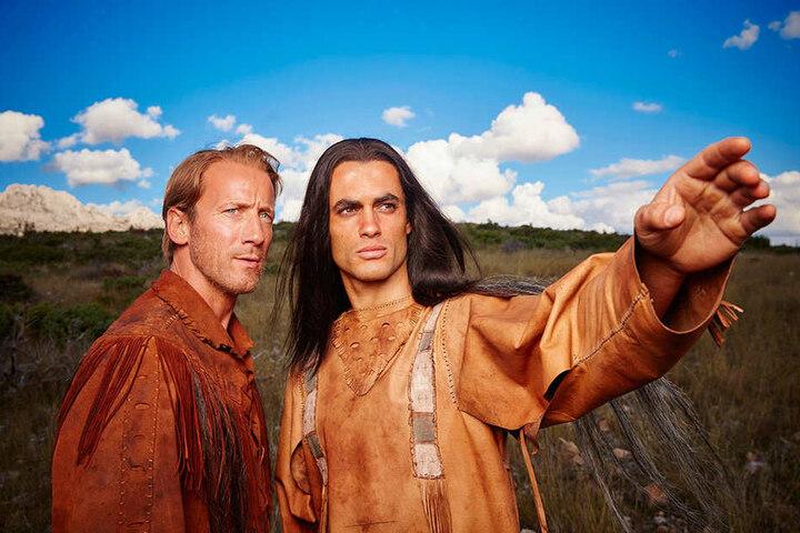 Old Shatterhand (Wotan Wilke Möhring) und Winnetou (Nik Xhelilaj) am Dienstag auf RTL.
