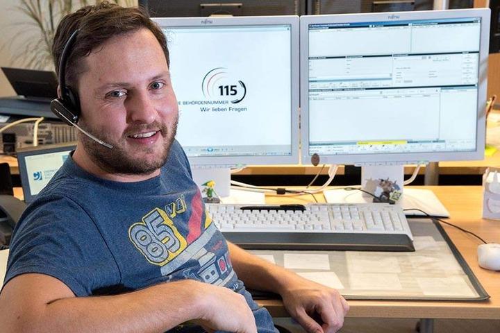 Die Behördennummer 115 boomt. Rund 230.000 Anrufe in reichlich vier Jahren. Philipp Ochmann (31) ist einer der Mitarbeiter im Chemnitzer Callcenter.