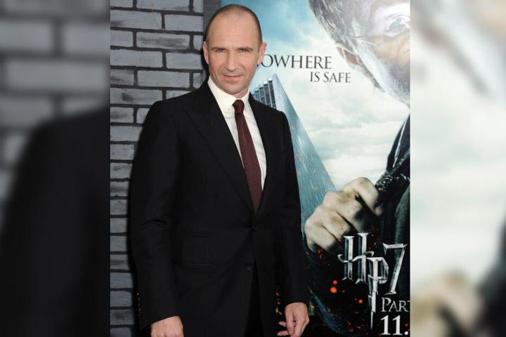 """Ralph Fiennes ist unter anderem durch seine Rolle als dunkler Lord in den """"Harry Potter""""-Filmen bekannt."""
