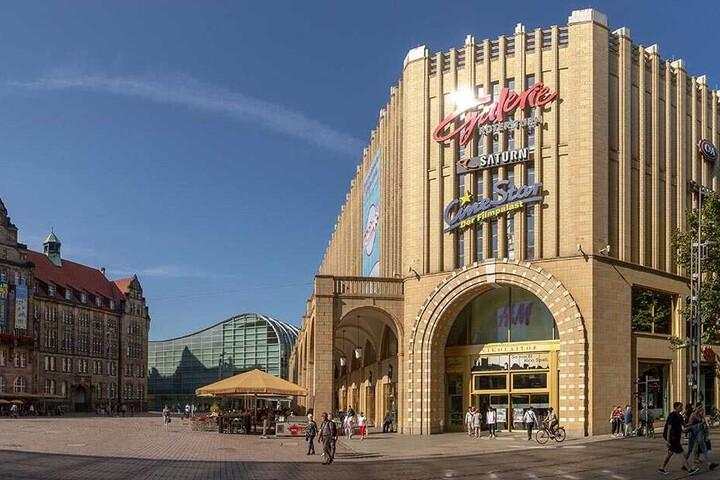 In einem Einkaufszentrum an Neumarkt in Chemnitz hat ein 31-Jähriger am Dienstagmittag zwei Frauen belästigt. (Symbolbild)
