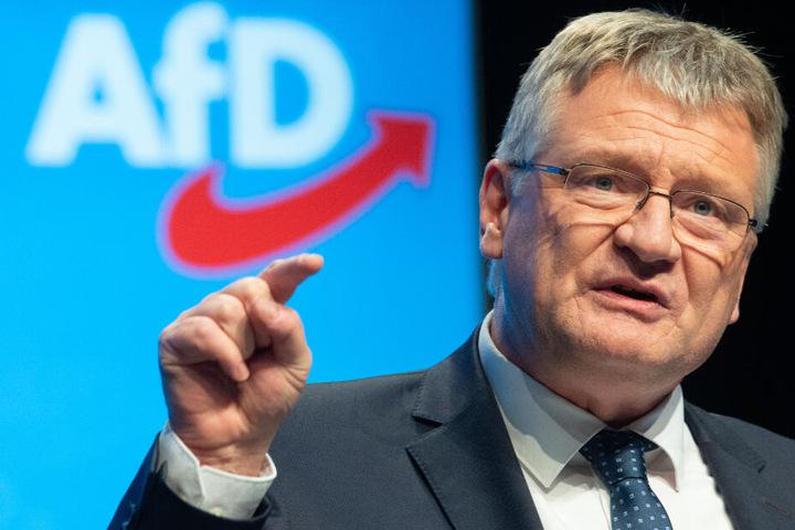 Der 58-jährige Europa-Parlamentarier setzte sich beim AfD-Bundesparteitag durch.