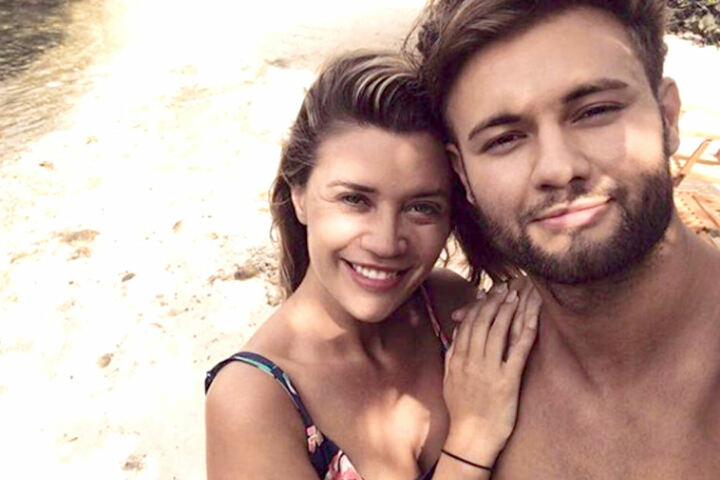Nadine Klein und Daniel Lott im Urlaub.