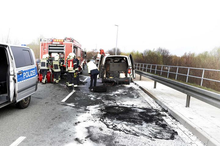 Der VW war im Heckbereich in Brand geraten.