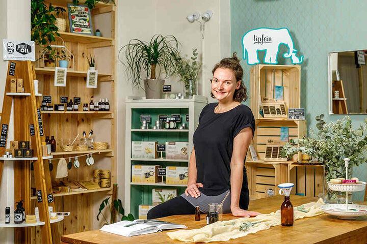"""Ihre Lippenpflege-Produkte vertreibt Marie Herrmann unter der Marke """"Lipfein - weil küssen fetzt"""" auch in ihrem Laden."""