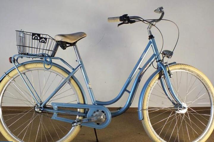 Auch dieses Damenrad befindet sich derzeit noch in Verwahrung der Bundespolizei Halle.
