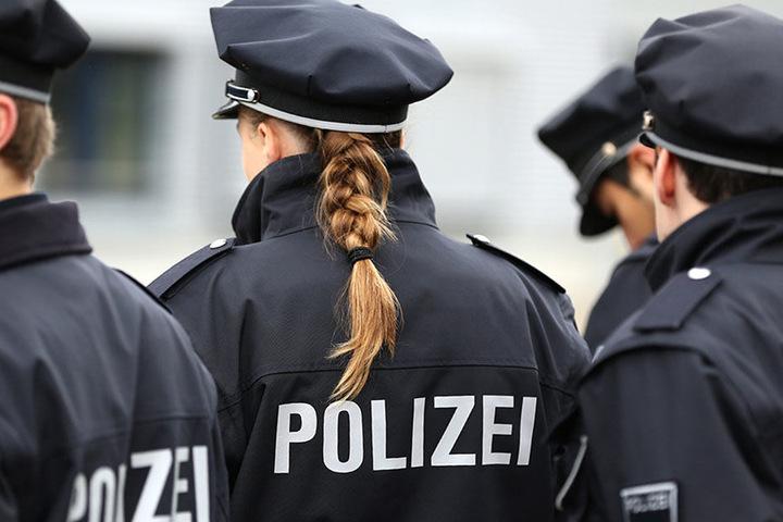Immerhin: Laut detaillierten Zahlen, die der Morgenpost vorliegen, sind Einstellungen stark angestiegen. Auch Frauen und Männer mit Migrationshintergrund haben sich verstärkt bei der Polizei beworben.