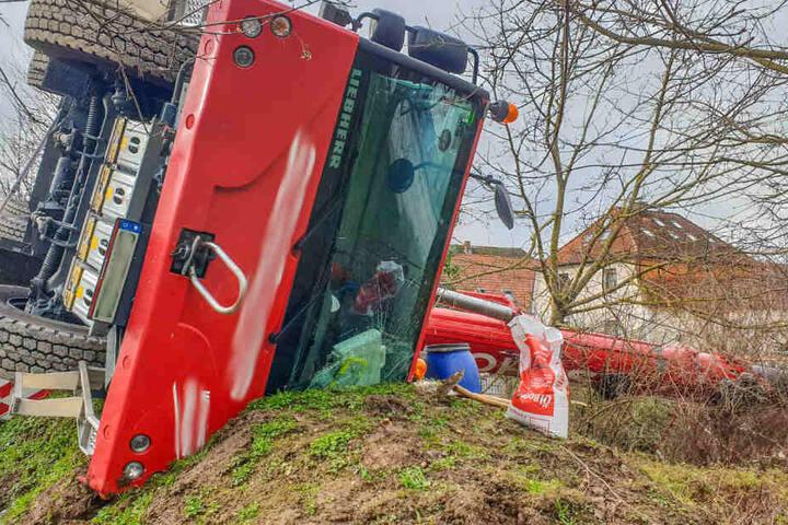 Der Kranführer wurde bei dem Unfall leicht verletzt.
