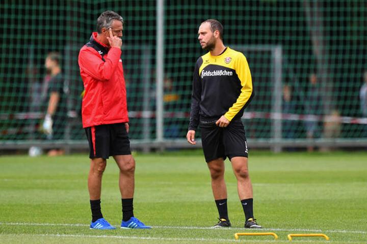 Dynamo-Coach Uwe Neuhaus (l.) könnte auf Kreativspieler Rico Benatelli zurückgreifen.