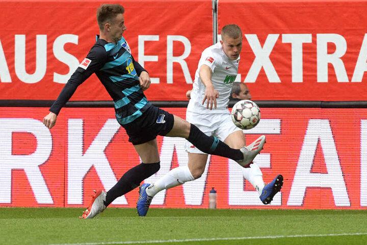 Philipp Max (r.) musste gegen Hertha BSC aufgrund einer Verletzung frühzeitig vom Platz.