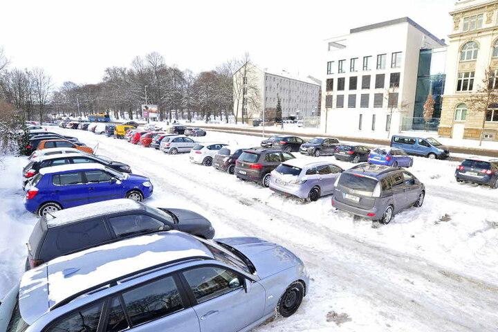 Parkplätze in der Innenstadt sind rar, kostenfreie sowieso. Genau die könnte  es aber bald gar nicht mehr geben.