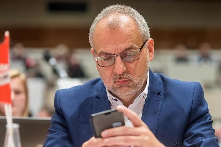 Rico Gebhardt, Vorsitzender der Linksfraktion, ist besorgt über die Aussagen der AfD.