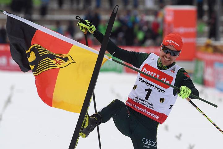 Fabian Rießle ging erstmals als Sprunglaufsieger ins Rennen, gewann den Wettkampf in der Vogtland Arena souverän.