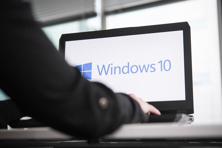 Die Computer der Berliner Verwaltung sollen bald zu 100 Prozent mit Windows 10 ausgestattet sein (Symbolbild).