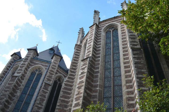 Die Tat passierte in der belgischen Kleinstadt Kontich. Im Bild: Die dortige Kirche.