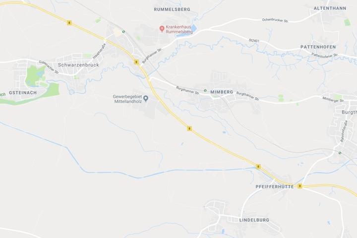 In Bayern ist es auf der Bundesstraße 8 im Landkreis Nürnberger Land zu einem Unfall gekommen.