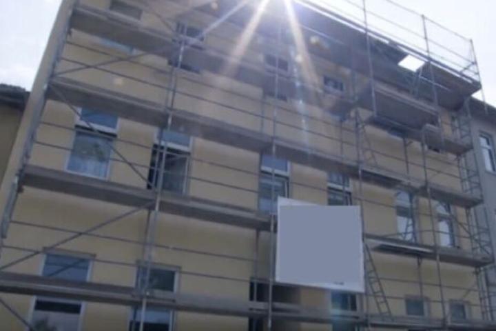 Die Arbeiten an der Augustenstraße sollen beendet sein. Die TV-bekannte Familie erwartet nun ein rauerer Umgangston.