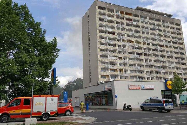 Im Hochhaus am Pirnaischen Platz ist ein Feuer ausgebrochen.