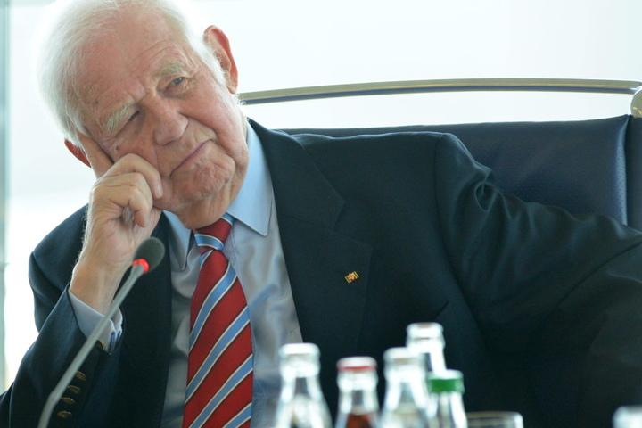 Kurt Biedenkopfs (87, CDU) Tagebücher beschäftigen morgen das  Verfassungsgericht.