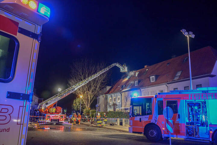 Das Feuer war im Dachgeschoss eines Hauses an der Richard-Wagner-Straße ausgebrochen.