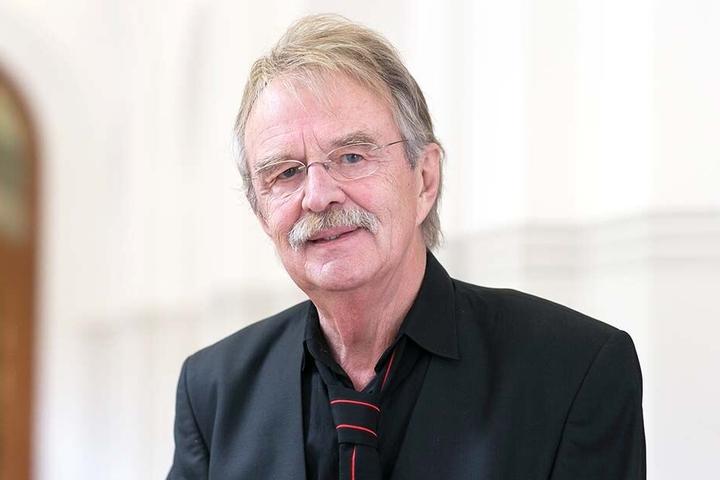 Schimpft auch auf das Tiefbauamt: Ratsherr Dieter Füßlein (78).