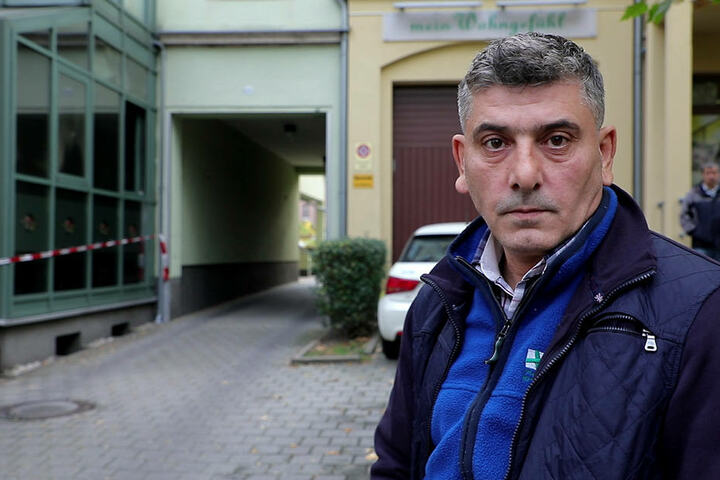 Inhaber Ale Tulasoglu (46) befürchtet einen rechtsradikalen Hintergrund beim Brandanschlag.