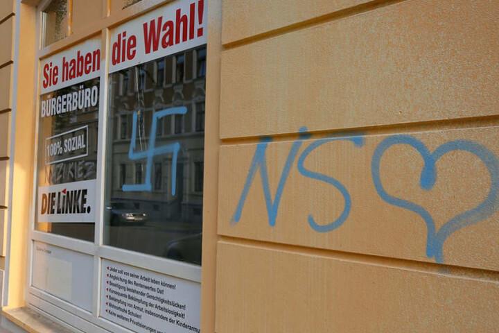 Das Büro der Linken wurde in der Nacht zum Samstag mit Hakenkreuz und Nazi-Schriftzügen beschmiert.
