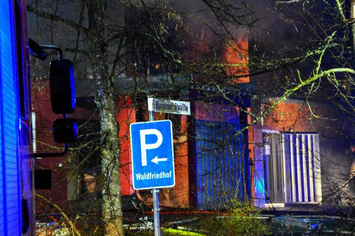 Das Krematorium an einem Friedhof in Schwäbisch Hall fing Feuer, es entstand ein Sachschaden von rund 1,5 Millionen Euro.