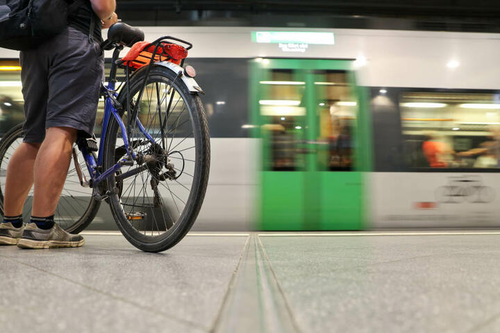 Der Vorfall ereignete sich laut Bundespolizei bereits am Freitag in einer S-Bahn Richtung Torgau. (Symbolbild)