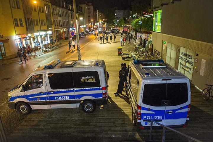 Seit die Polizei die Neustadt verstärkt im Fokus hat, wurden 235 Strafverfahren eingeleitet - 152 allein wegen Verstößen gegen das Betäubungsmittelgesetz.