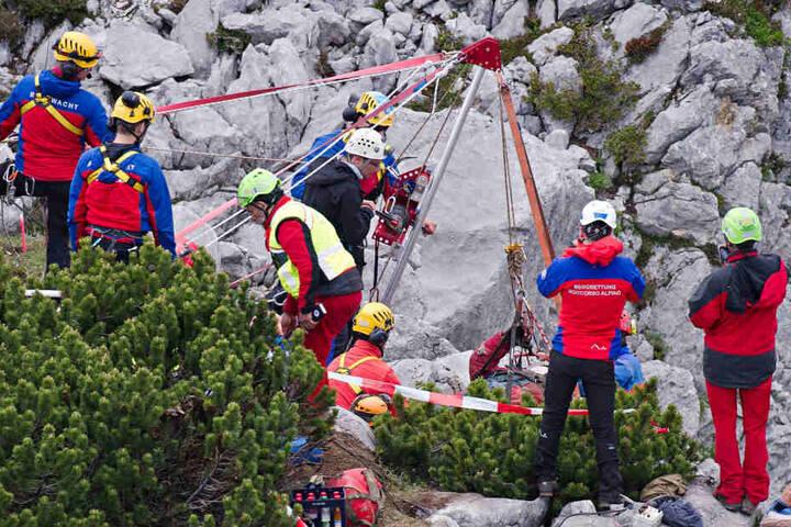 Unwegsames Gelänge stellte die Bergretter vor eine zusätzliche Herausforderung. (Symbolbild)